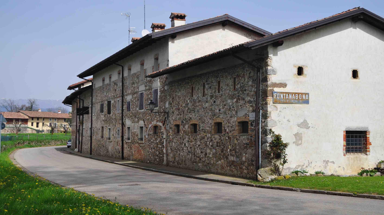 Borgo e castello di Fontanabona